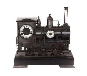 Механические часы-паровоз из латуни