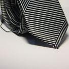 Набор Aristokrat галстук с платком черно-белого цвета с геометрическим рисунком