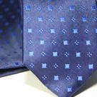 Набор Aristokrat галстук с платком фиолетового цвета с рисунком разной структуры