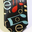 Галстук мужской черного цвета с нотами и буквами