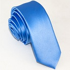 Узкий голубой галстук