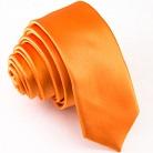 Узкий бледно-оранжевый галстук
