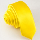 Узкий желтый галстук